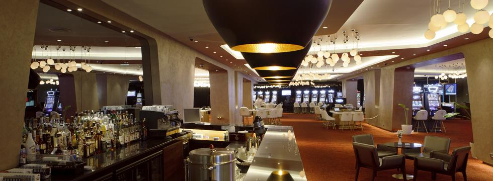 Казино iveria в батуми казино покер сдача карт
